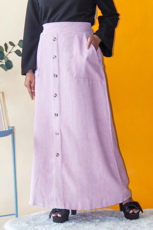 CORDUROY BUTTON SKIRT IN DUSTY PINK