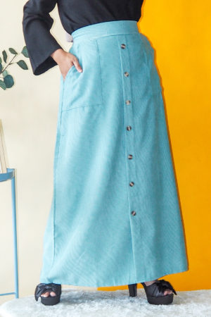CORDUROY BUTTON SKIRT IN MINT