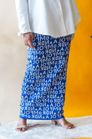 ALPHABET SKIRT IN BLUE