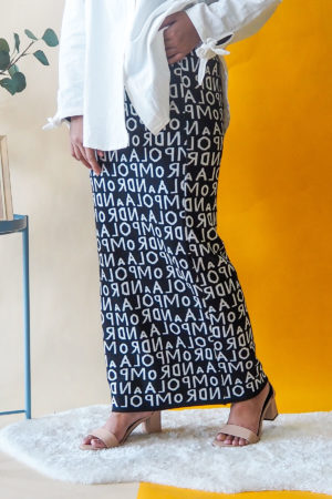 ALPHABET SKIRT IN BLACK