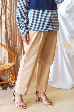 BELT TAPERED PANT IN NUDE