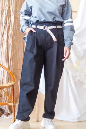 BELT TAPERED PANT IN BLACK