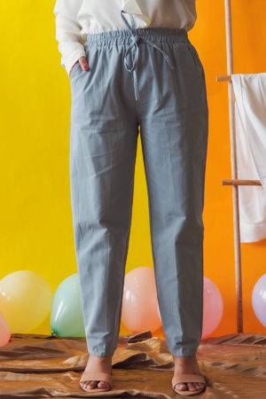 TAPERED COTTON PANT IN BABY BLUE