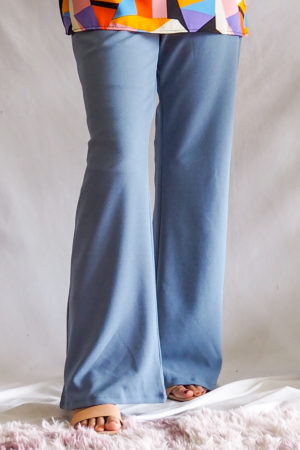 BOOTCUT PANT IN LIGHT BLUE